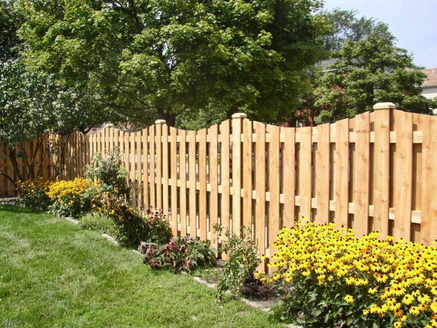 Декоративный забор на дачном участке своими руками — обзор современных идей (112 фото новинок дизайна)